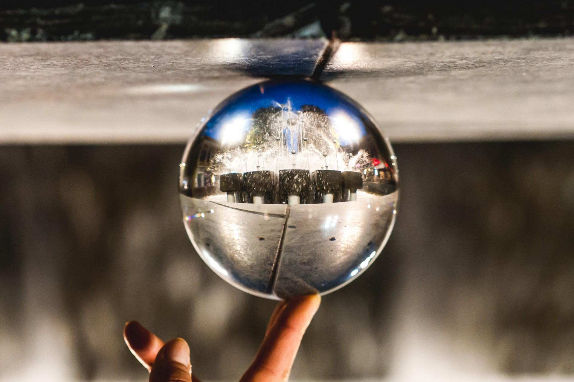 Glass_Ball_34